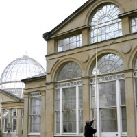 Syon Park Conservatory - Cleaning difficult windows with a Water Fed Pole